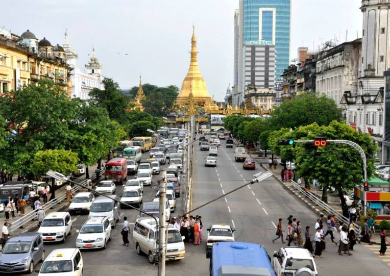 Main road leading to Sule Pagoda is one of the busiest streets.