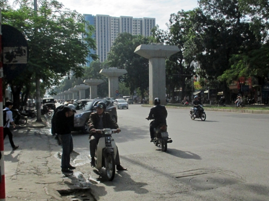 Trần Phú street is getting ready for a new elevated light rail.